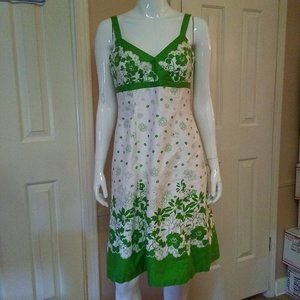 Madison Leigh White & Green Floral Dress W/ Paddin